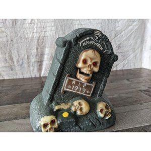 Gemmy skull Halloween tombstone prop howlin decor